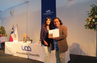 """""""Este premio es un reconocimiento a los profesores y las profesoras de Cine UDD"""""""