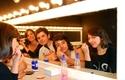 Alumnos Teatro maquillándose