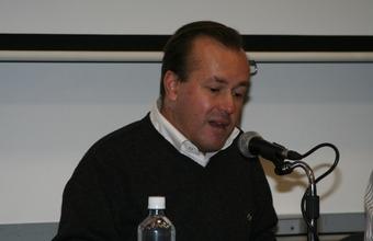 Mirko Macari revela en la UDD detalles del episodio La Nación