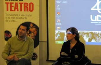 Actriz Catalina Saavedra se reúne con alumnos de Teatro