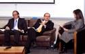 Manuel Bengolea y Alejandro Ferreiro durante el panel moderado por Carolina Mardones
