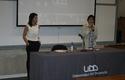 Junto a Loreto Daza, directora de Periodismo UDD