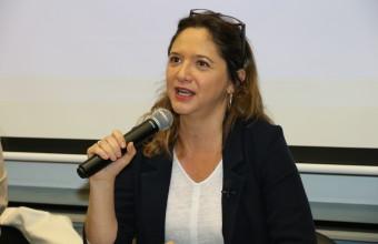 Mónica Pérez inaugura año académico de Periodismo UDD
