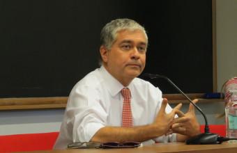 Iván Valenzuela inaugura el Año Académico de Periodismo UDD