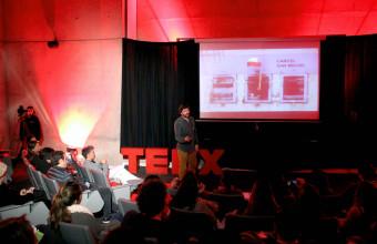 "TEDxUDD Salón: ""La Belleza de Crear"""