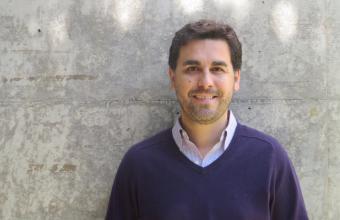 Profesor Daniel Aguirre es parte de importante publicación internacional sobre propaganda