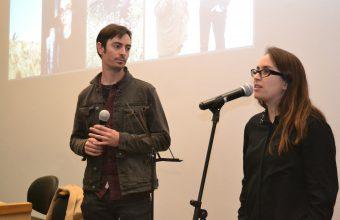 "Creadores del podcast ""Las Raras"" se reúnen con alumnos de Periodismo en Concepción"