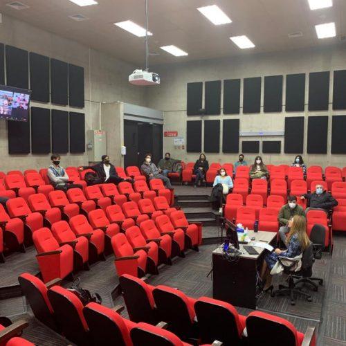 Periodismo UDD inauguró el año académico con charla en formato HyFlex