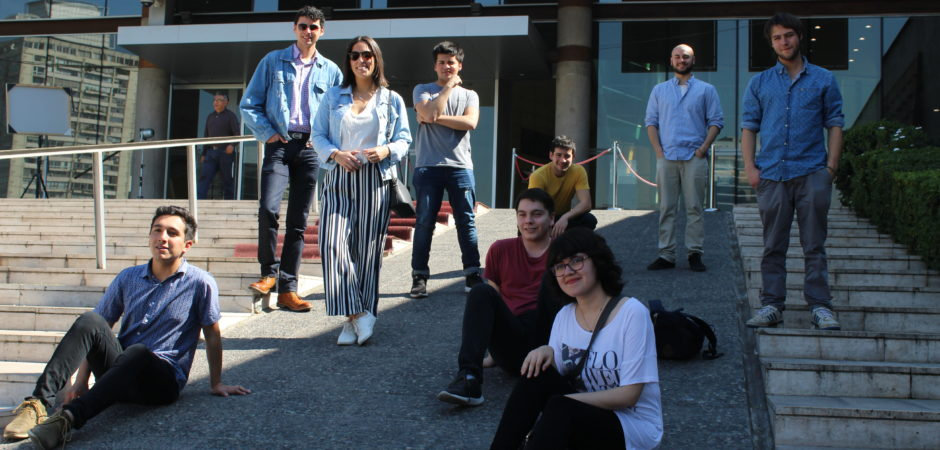 Alumnos de tercer año visitaron medios de comunicación en Santiago