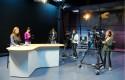 Alumnos en estudio TV 2