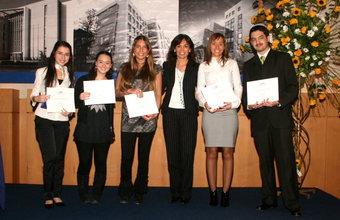 Premiación a los mejores alumnos y profesores del año 2009