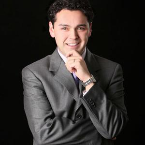 Mauricio_Ampuero recortada - ex alumno