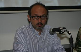 Editor de Revista Sábado en la UDD