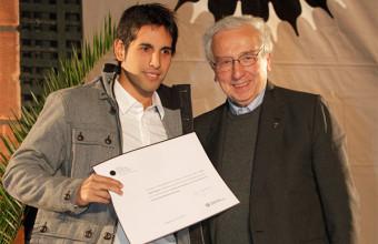 Alumno UDD gana Premio Periodismo de Excelencia Universidad Alberto Hurtado
