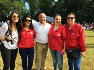 bitacora 1 foto con el consul de Chile en -DC