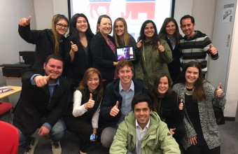 Pasantía en EEUU: Agregada Cultural Adjunta de EEUU se reunión con alumnos de Periodismo UDD