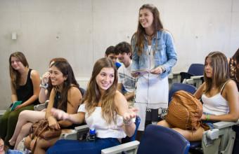 Las impresiones que dejó Puente en los nuevos alumnos de Periodismo UDD