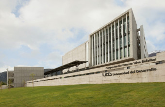 UDD lidera ranking de emprendimiento en universidades chilenas