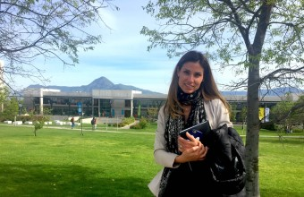 "Carolina Escobar: ""En Periodismo UDD aprendí a levantar la mano para salir a reportear"""