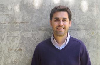Daniel Aguirre, profesor de nuestra carrera, es parte de publicación mundial sobre propaganda
