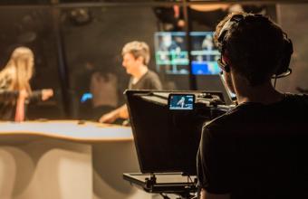 #UDDentuCasa: Vive un taller de radio y de composición fotográfica
